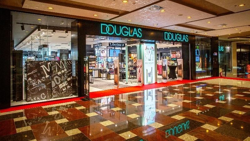 Retailerul Douglas lansează categoria RO Brands, dedicată brandurilor locale de cosmetice